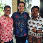 40 Foto Model Kemeja Baju Batik Pria Lengan Pendek Terbaru